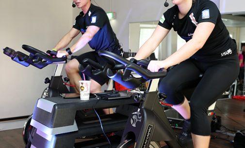 Indoor Cycling Spendenmarathon im Aktiv-Sportpark Moers – Fast 300 Menschen traten kräftig in die Pedale
