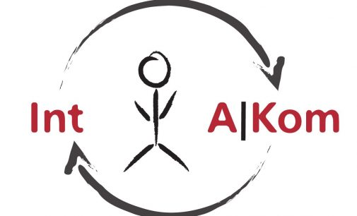 Enterprise App-Entwicklung: Bright Solutions und IntAKom