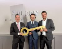 Führungswechsel bei SOLCOM nach erneutem Rekordjahr
