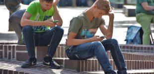Digitale Gefahr – sind Smartphone und Internet Fluch oder Segen?