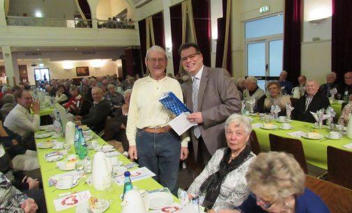 90. Senioren-Geburtstagsparty der Rüsselsheimer Volksbank