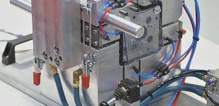 Einfach effizient – Neue Werkzeugtechnik zum Kabelumschäumen