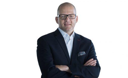 """Kompetent, provokant, authentisch: Das """"Schweizer Business-Taschenmesser"""" Mathias Kollmann"""