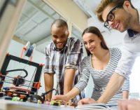 Kunststofftechniker entwickeln neuartige Materialien für das 21. Jahrhundert