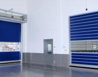 EFAFLEX Schnelllauf-Turborolltore unterstützen modernste Produktionsverfahren