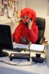 Wer kostümiert ins Büro kommen möchte, sollte seinen Arbeitgeber vorher fragen. Quelle: ERGO Group