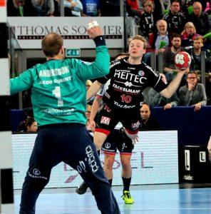 (Foto: HJKrieg, Erlangen): HC Erlangen verliert  gegen Flensburg - zwei Tore von Maximilian Lux