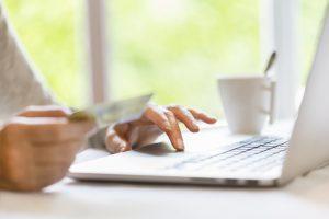 Die Online-Ausweisfunktion bietet viele nützliche Vorteile. Quelle: ERGO Group