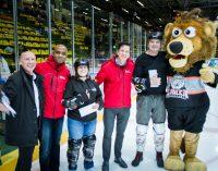 Aufs Glatteis geführt: Mainversand lud gesamte Belegschaft als Dankeschön zum Eishockey-Spiel ein