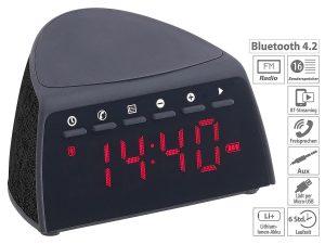 auvisio Digitaler Bluetooth-FM-Radiowecker mit QI Wireless Ladegerät (5 Watt), www.pearl.de