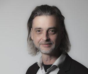 Menschen zu erreichen ist das Anliegen von Uwe E. Nimmrichter, dem Gründer von PROJEKT N2