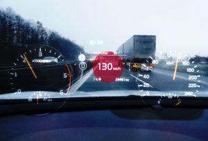 Der Autofahrer den sich die Rechtsprechung wünscht,hält sich an die Richtgeschwindigkeit.Foto:HUK-CO