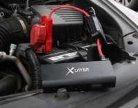 Lädt alles vom Smartphone bis zur Autobatterie: XLayer präsentiert Powerbank PLUS OFF-ROAD 2.0