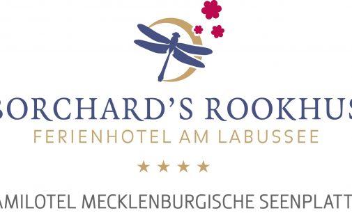 """Neu im Familotel Borchard""""s Rookhus: Jeden Dienstag geht""""s auf Spurensuche in Happys ForscherWäldchen"""