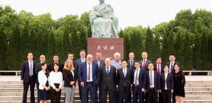 Global wettbewerbsfähig-  deutsche Qualität und chinesische Geschwindigkeit