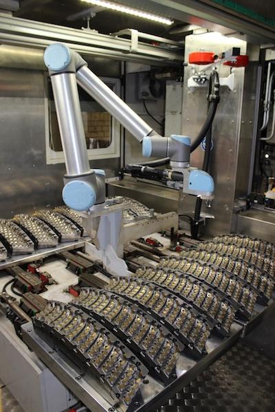 NSI CAD/CAM Technik erstellte für das Fräswerkzeug mit Robotmaster einen digitalen Zwilling.