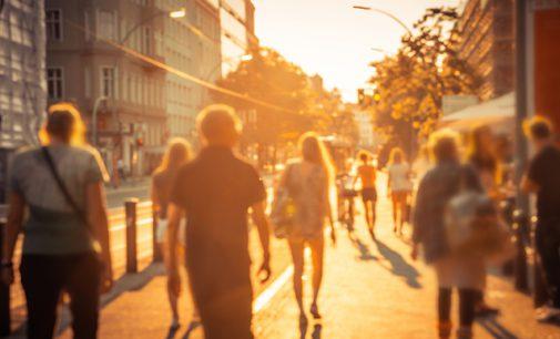 Sommer, Sonne, Hitzewelle – Saisonale Verbraucherinformation der DKV