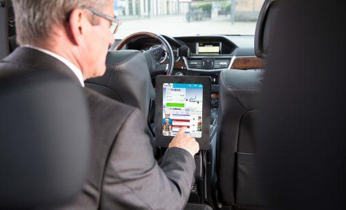 fromAtoB wirbt bis 2019 alle fünf Minuten auf Tablets in Taxis