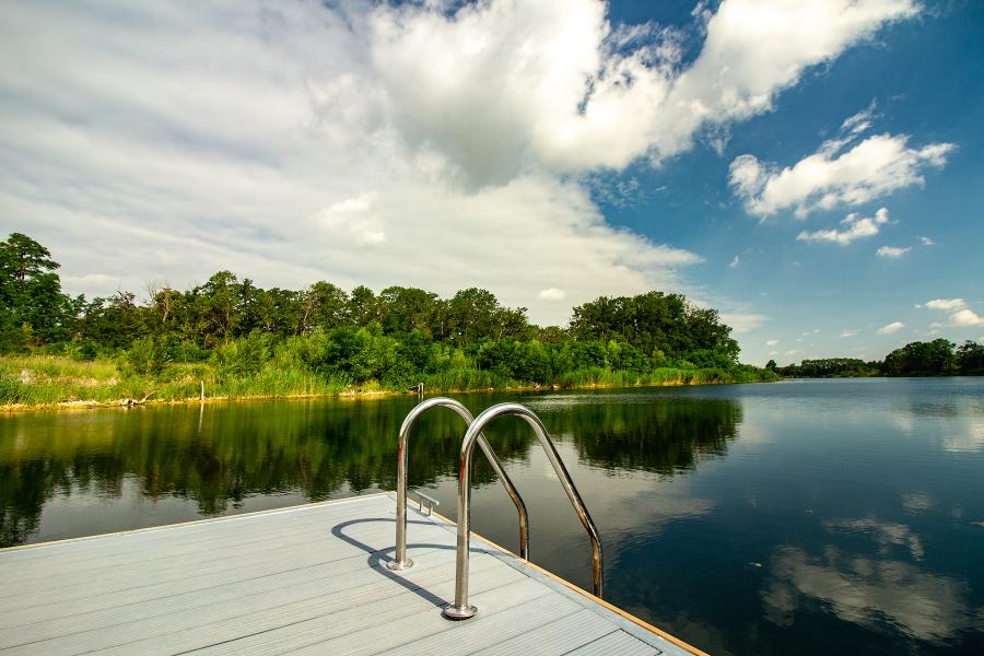 Das Acamed Resort Nienburg präsentiert den neuen Wellnessbereich mit eigenem See