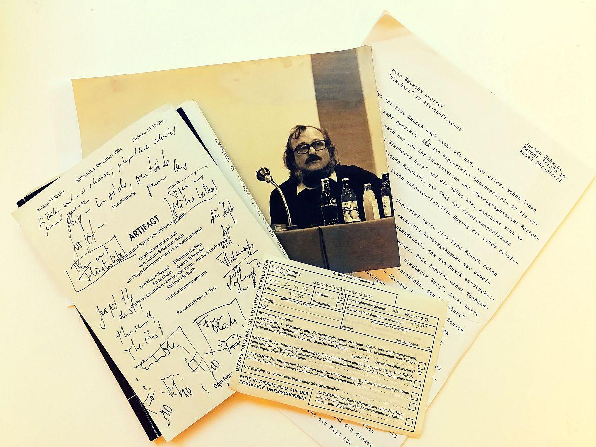 Blick in das Archiv des Tanz- und Ballettkritikers Jochen Schmidt im Deutschen Tanzarchiv Köln