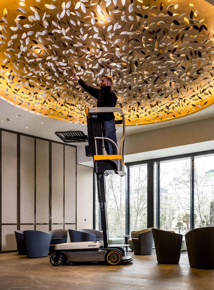 Das Wave von Crown im Einsatz im exklusiven Designhotel VP Plaza España in Madrid