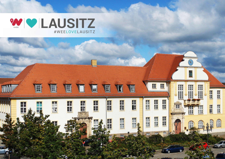 """Rathaus Weißwasser: Hier wurde der Grundstein für """"wee Love Lausitz"""" gelegt. (komplette BU im Text)"""