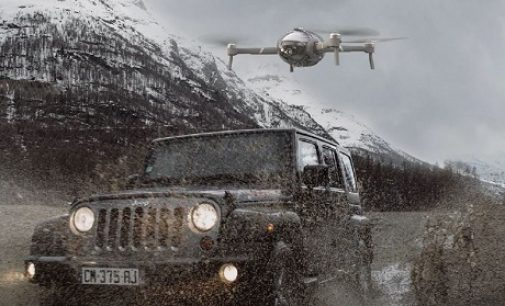 Wasserfest zu Land und See: KI-Drohne PowerVision PowerEgg X Wizard