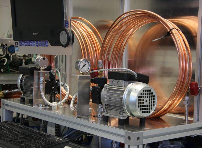 Hardware-in-the-Loop-Prüfstand zur Qualifizierung von Brenn- und Kraftstoffen.