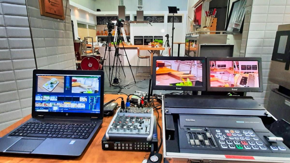 Hoher technischer Aufwand für den ersten Online-Kochkurs der FSGG. © Studio 47