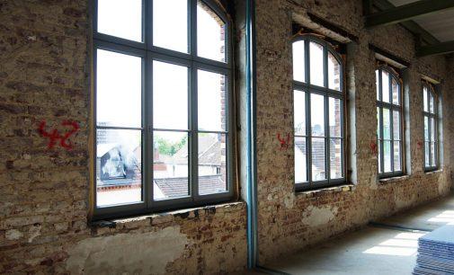 Historischer Charme mit heutigen Standards: handgefertigte Holzfenster für die Alte Samtweberei