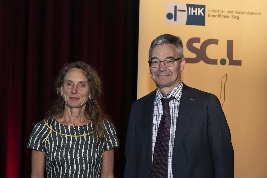 Dr. Christine Lötters und Michael Pieck bei der Ludwig-Preisverleihung 2019 (Foto: Jo Hempel)