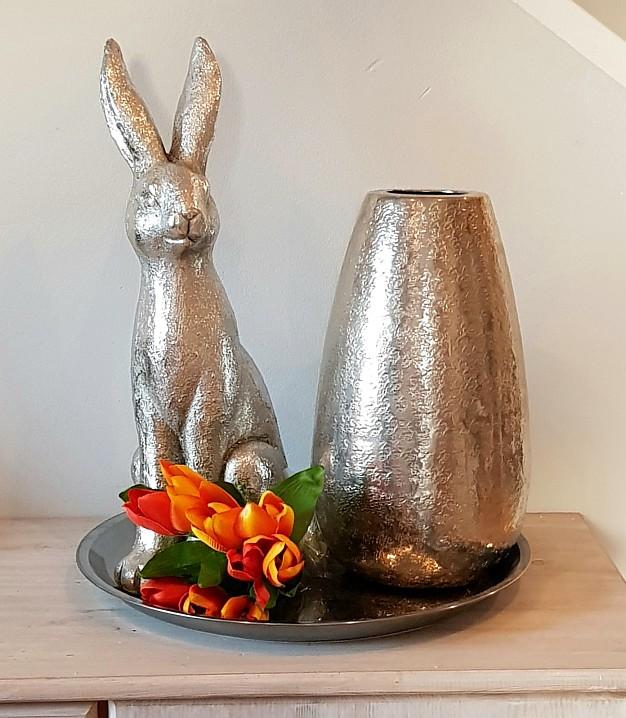 Großer XXL-Hase für Ihre Osterdeko in Silber (42 cm)