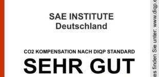 SAE Institute als klimaneutrales Unternehmen ausgezeichnet