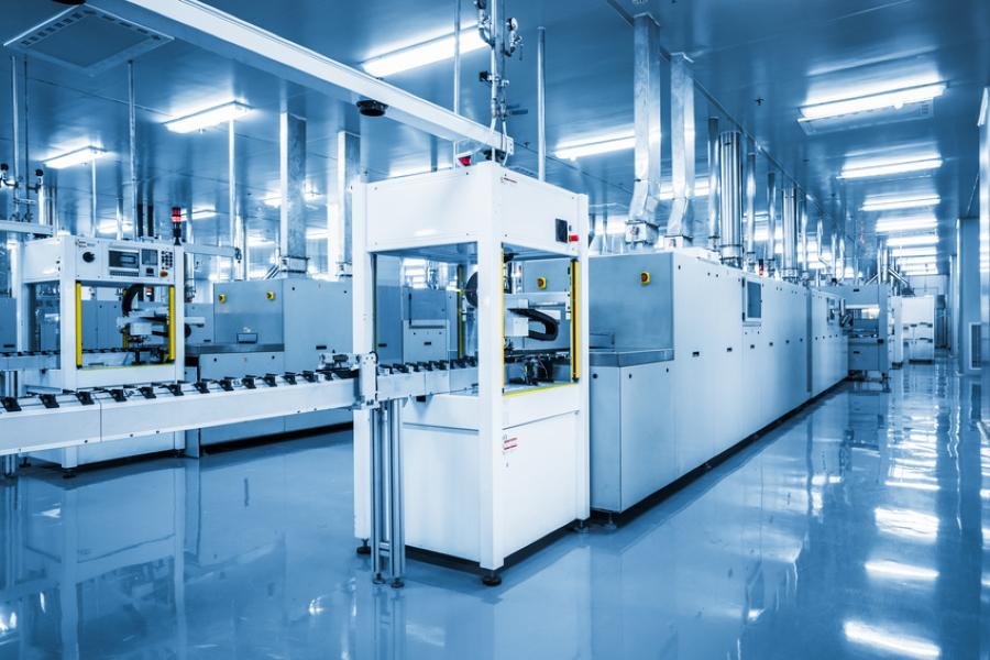 solar panel manufacturing Fotolia_82472581_S