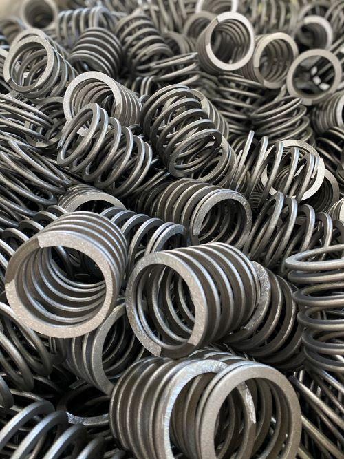 Das Verfestigungsstrahlen eignet sich für unterschiedlichste dauerschwingbelastete Bauteile.
