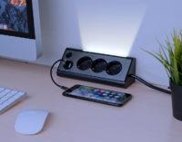 revolt 3-fach-Eck-Steckdosenleiste mit 2 USB-Lade-Ports