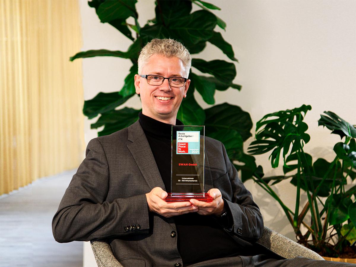 SWAN-Geschäftsführer Alexander Bernhard freut sich über die Platzierungen bei Great Place to Work®