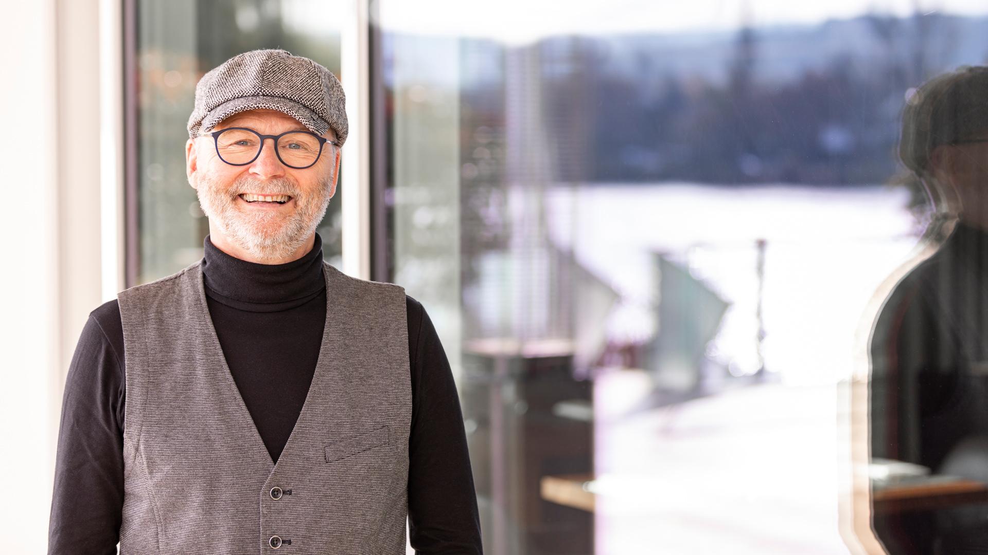 Erwin Arens gibt Einblicke in rechtliche Grundlagen zur finanziellen Absicherung