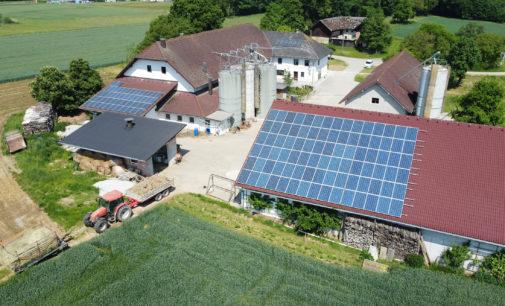 Solarstromanlagen wirtschaftlich weiterbetreiben: Mit my-PV können Landwirte ihren Eigenverbrauch erhöhen und Kosten einsparen
