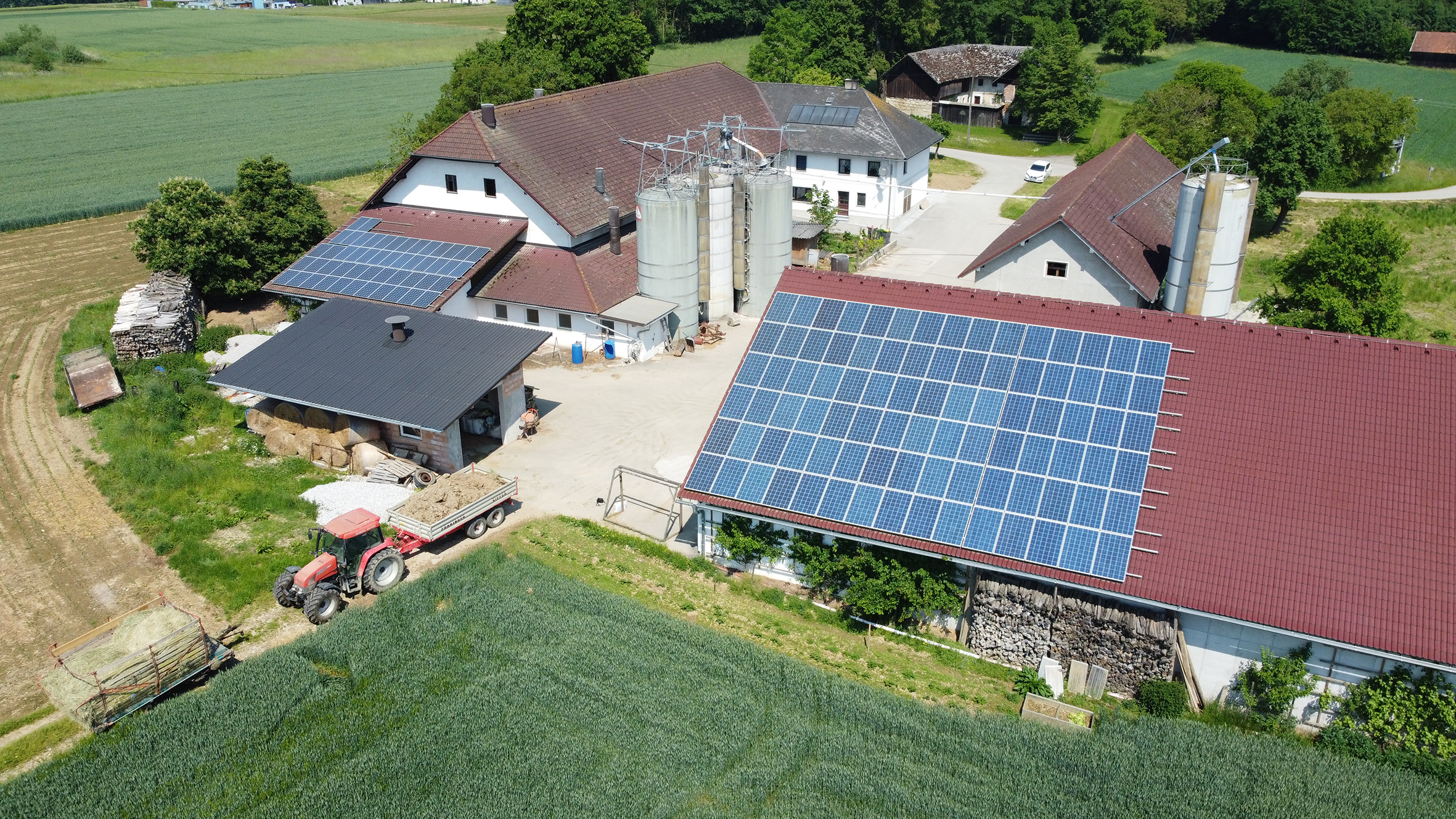 Kosten einsparen mit my-PV: ein landwirtschaftlicher Betrieb aus Oberösterreich wird künftig seinen Eigenverbrauch mit my-PV-Produkten erhöhen.