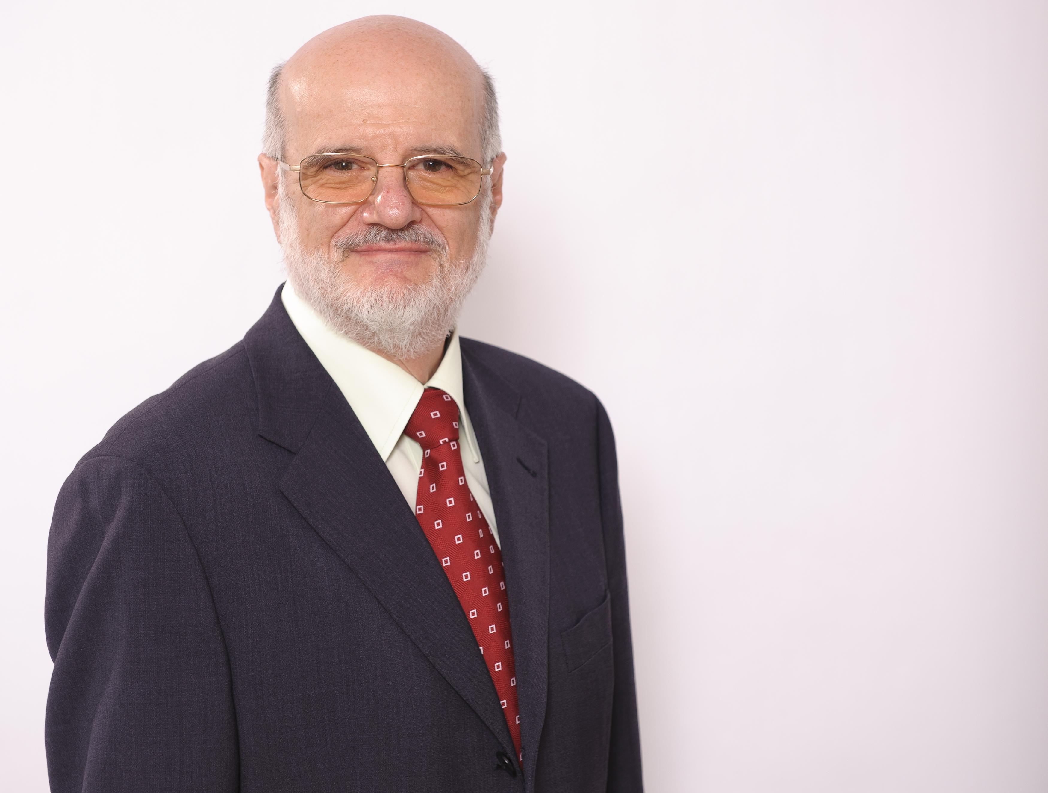 Prof. Dr. Szász