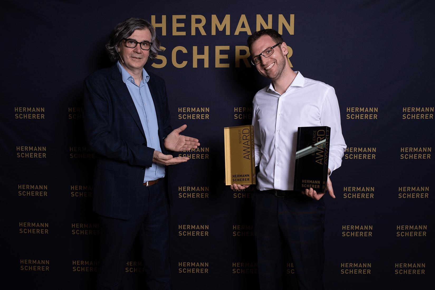 Award Übergabe - links Hermann Scherer - rechts Matthias Clesle