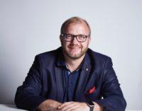 Jochen Schweizer revolutioniert Rhetorik-Trainings