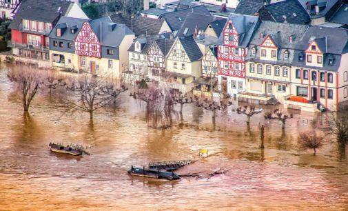 Hochwasserschäden nicht übereilt beheben
