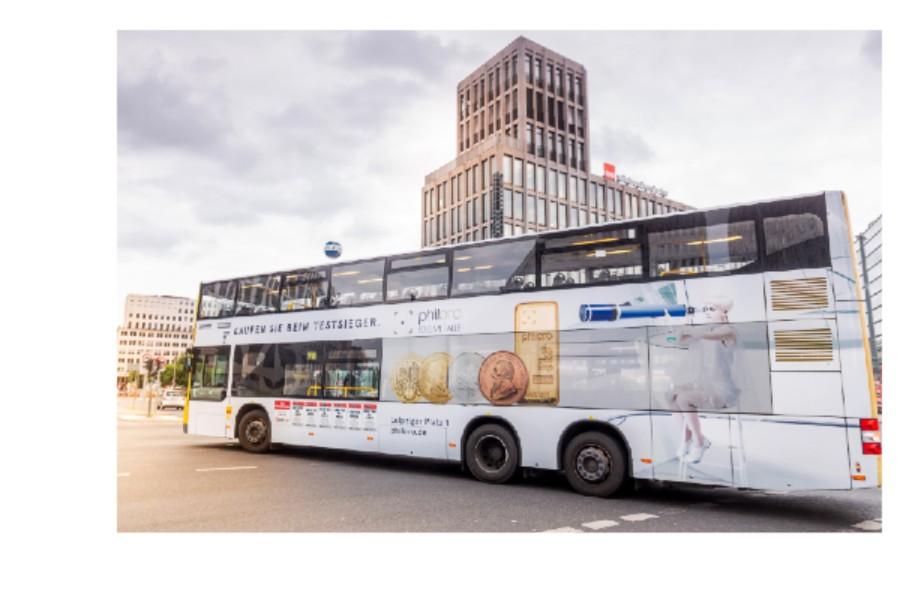 Linienbus im philoro-Design in Berlin