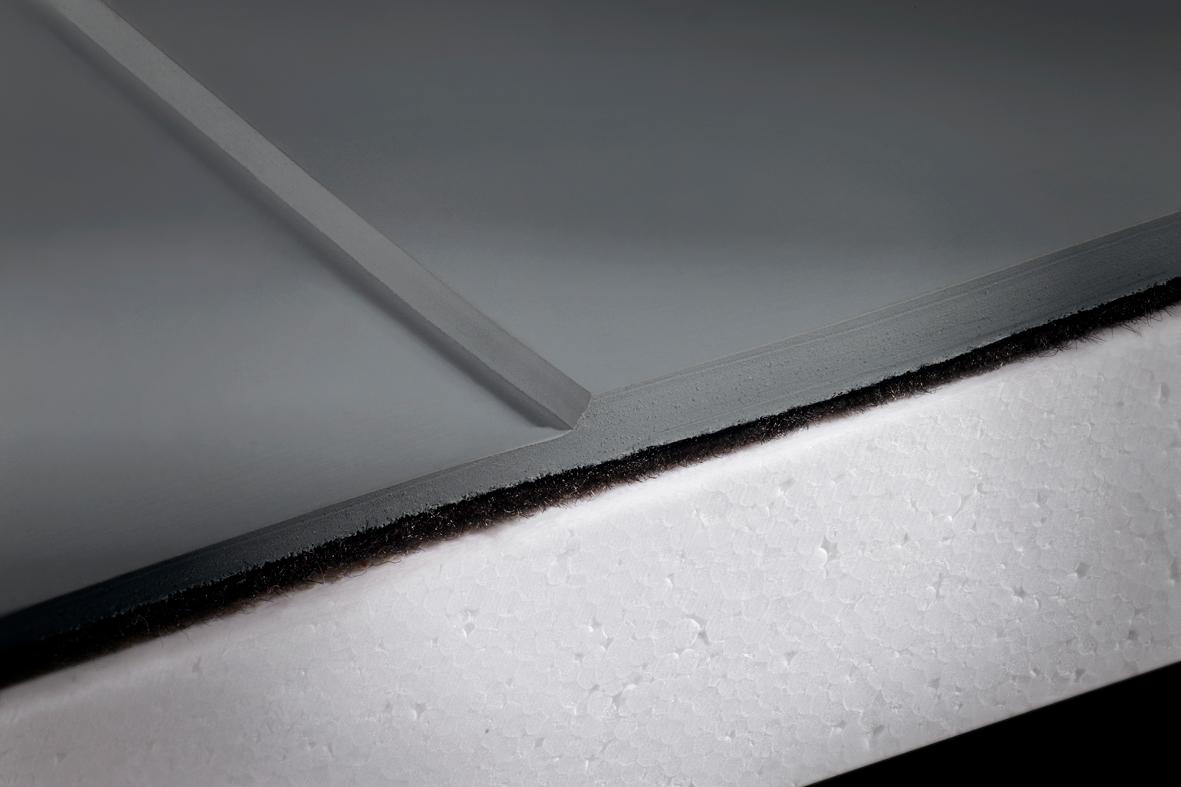 EVALASTIC® ist die einzige homogen verschweißbare EPDM-Dachbahn.