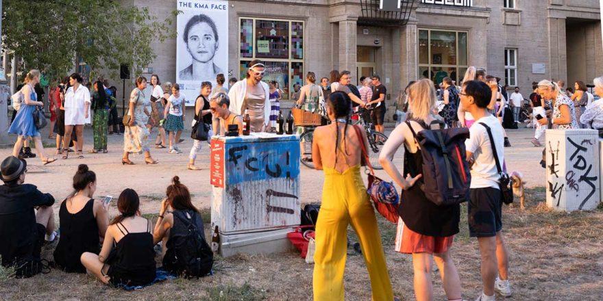 Open Air Veranstaltung vor dem Computerspielemuseum Berlin