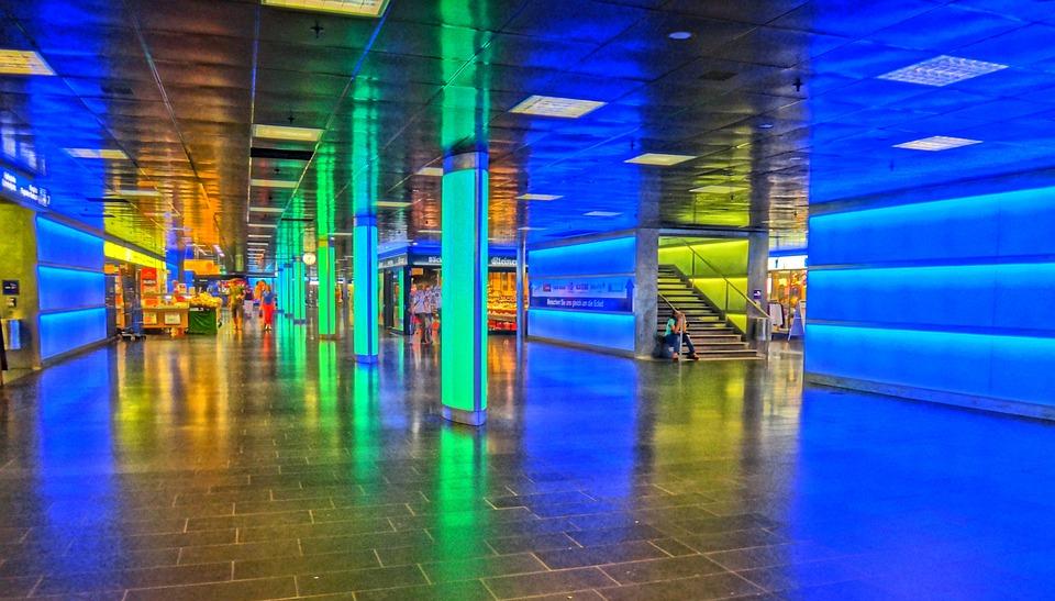 Zürich: Zentrum für Kunst, Wirtschaft und Technik