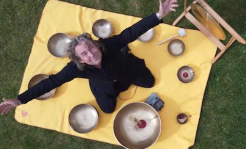 Meditative Klangreisen bei ZiC'nZaC zur Eröffnung des Essen-Light-Festival 2021